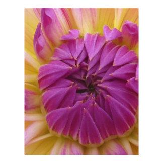 Flor púrpura tarjeta publicitaria