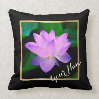 Flor púrpura hermosa azul de Lotus su nombre Cojin