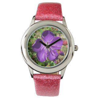 Flor púrpura reloj de mano