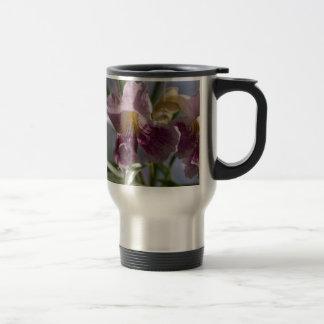 Flor púrpura taza de viaje de acero inoxidable