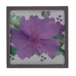 Flor púrpura texturizada