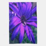 Flor púrpura toalla de cocina