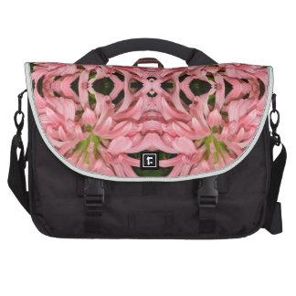 Flor reflexión enero de 2013 rosado bolsas de portátil