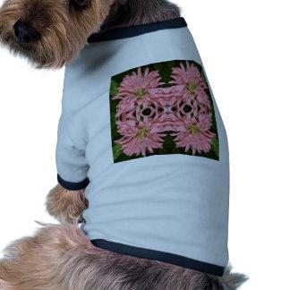 Flor reflexión enero de 2013 rosado ropa perro
