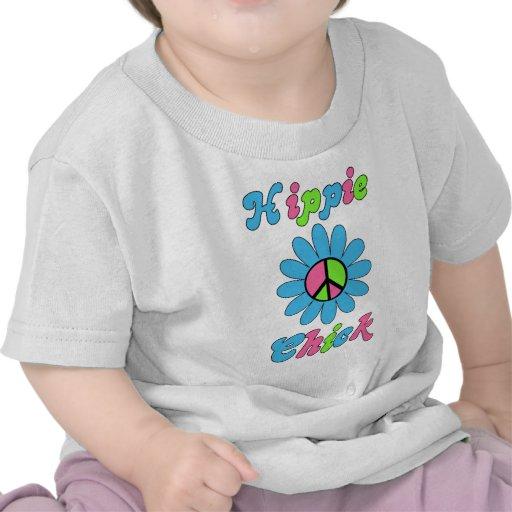 Flor retra de la paz del polluelo del Hippie Camisetas