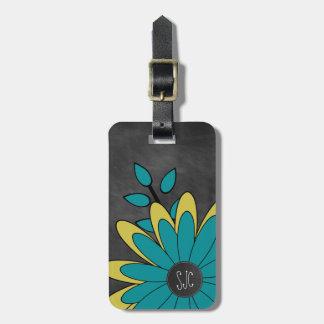Flor retra femenina linda con iniciales etiquetas para maletas