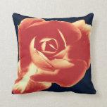 Flor roja almohadas