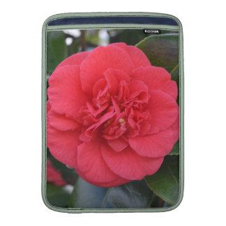 Flor roja de Camelia Funda MacBook