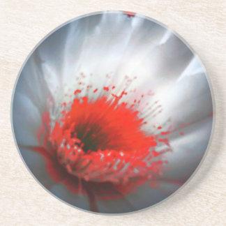 Flor roja y blanca posavasos personalizados