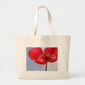Flor roja y cielo azul bolsa tela grande