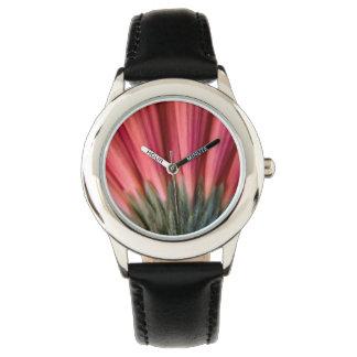 Flor roja y rosada macra abstracta del Gerbera Relojes