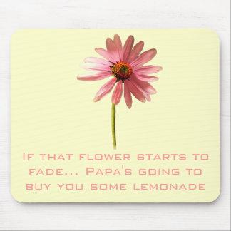 Flor rosada del cono si esa flor comienza a alfombrilla de ratón