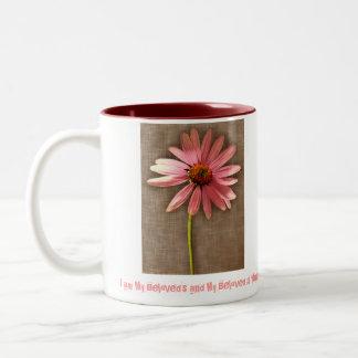 Flor rosada del cono - soy mi querido y mi querido taza dos tonos