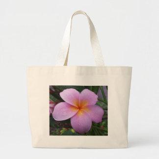 Flor rosada del Plumeria de Hawaii Bolsa De Mano