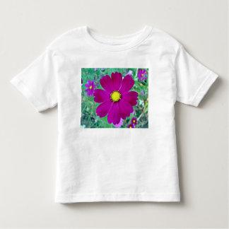 Flor rosada oscura del cosmos tshirts