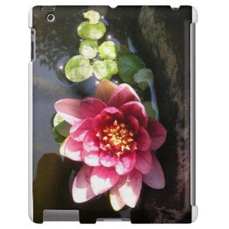 Flor rosada oscura Sunlit del lirio de agua Funda Para iPad