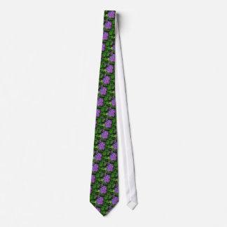 Flor rosada púrpura del hydrangea en la floración corbata personalizada