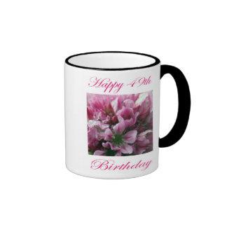Flor rosada y verde del 49.o cumpleaños feliz tazas de café