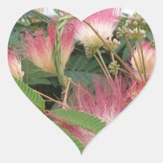 Flor rosado del árbol calcomanía de corazón