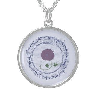 Flor temprana del manuscrito de la música collar de plata esterlina