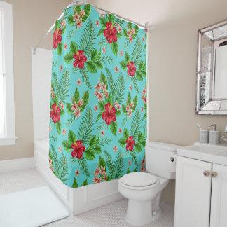 Flor tropical coralina linda del hibisco en la cortina de baño