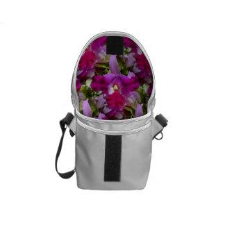 Flor tropical de la orquídea de Cattleya Bolsa De Mensajería