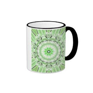 Flor verde taza de dos colores
