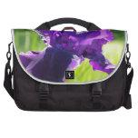 Flor violeta del iris bolsa de ordenador