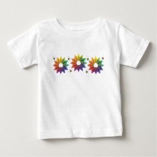 Flor y abejas de Colorwheel T-shirts