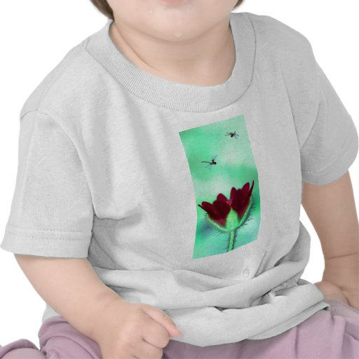 Flora le Alien Camisetas