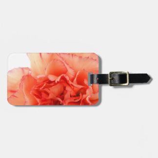 Floración coralina de la flor del clavel etiquetas para maletas