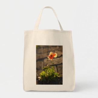 Floración de la amapola bolsa tela para la compra