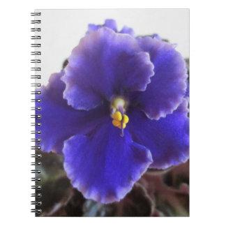 Floración de la violeta africana notebook
