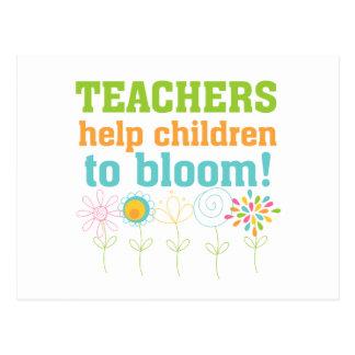 Floración de los niños de la ayuda de los postales