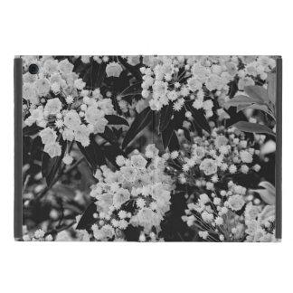 Floración del laurel de montaña iPad mini fundas