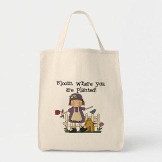 Floración donde usted está camisetas y regalos pla bolsa tela para la compra