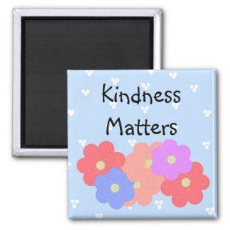 Floraciones alegres - materias de la amabilidad imán cuadrado