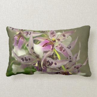 Floraciones de la orquídea almohadas