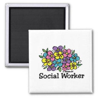Floraciones del asistente social imán para frigorifico