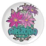 Floraciones del cactus de Arizona Plato Para Fiesta
