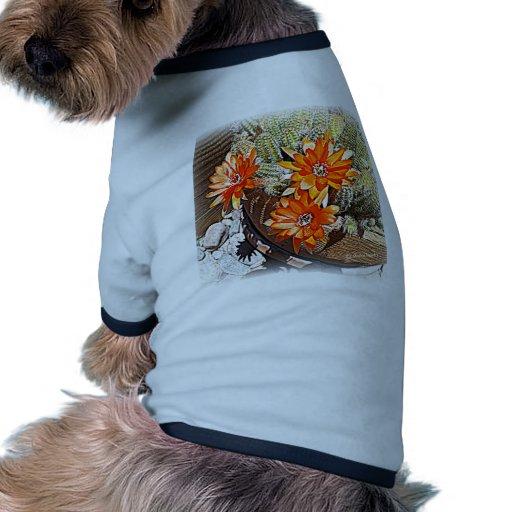 Floraciones del cactus de la cuerda camiseta con mangas para perro