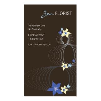 Floraciones elegantes de Ikebana del Frangipani az Tarjetas De Negocios