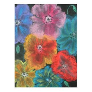 floraciones en colores pastel postal