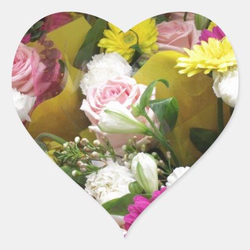Floraciones florales calcomanía de corazón