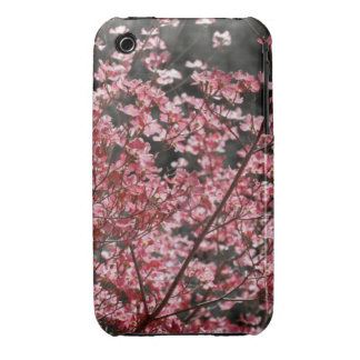 Floraciones rosadas del Dogwood Case-Mate iPhone 3 Cárcasas