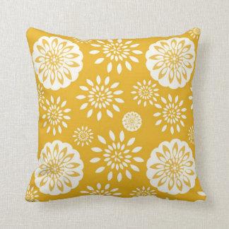 Floral amarillo especial del flor de la mostaza cojin