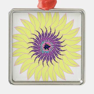 Floral amarillo púrpura lavendar de la flor adorno cuadrado plateado