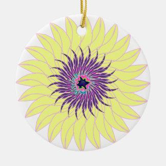 Floral amarillo púrpura lavendar de la flor adorno redondo de cerámica