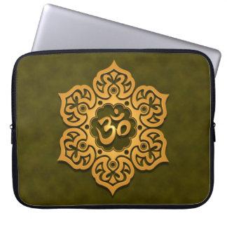 Floral Aum Design, green Laptop Computer Sleeve
