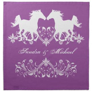 Floral blanco de la silueta del caballo servilletas